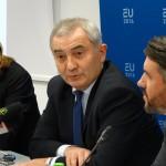 România, tot mai activă în UE și NATO. Șeful diplomației române, Lazăr Comănescu: Delegația noastră permanentă la NATO, foarte activă în pregătirea unor decizii care să ducă la consolidarea capabilităților Alianței în flancul estic
