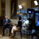 INEDIT Barack Obama, intervievat de vedete de pe YouTube. Ce cadou primit de la Papa Francisc poartă mereu cu el