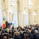 VIDEO Klaus Iohannis a lansat Dezbaterea Naţională privind Educaţia şi Cercetarea: Viitorul este legat de educaţie. Momentele electorale vin şi trec