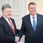 Klaus Iohannis și Petro Poroșenko, la a patra întrevedere bilaterală în ultimul an. Președintele Ucrainei vine, joi, în România