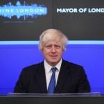 Presa britanică: Boris Johnson conduce Marea Britanie în timp ce Theresa May se află în concediu