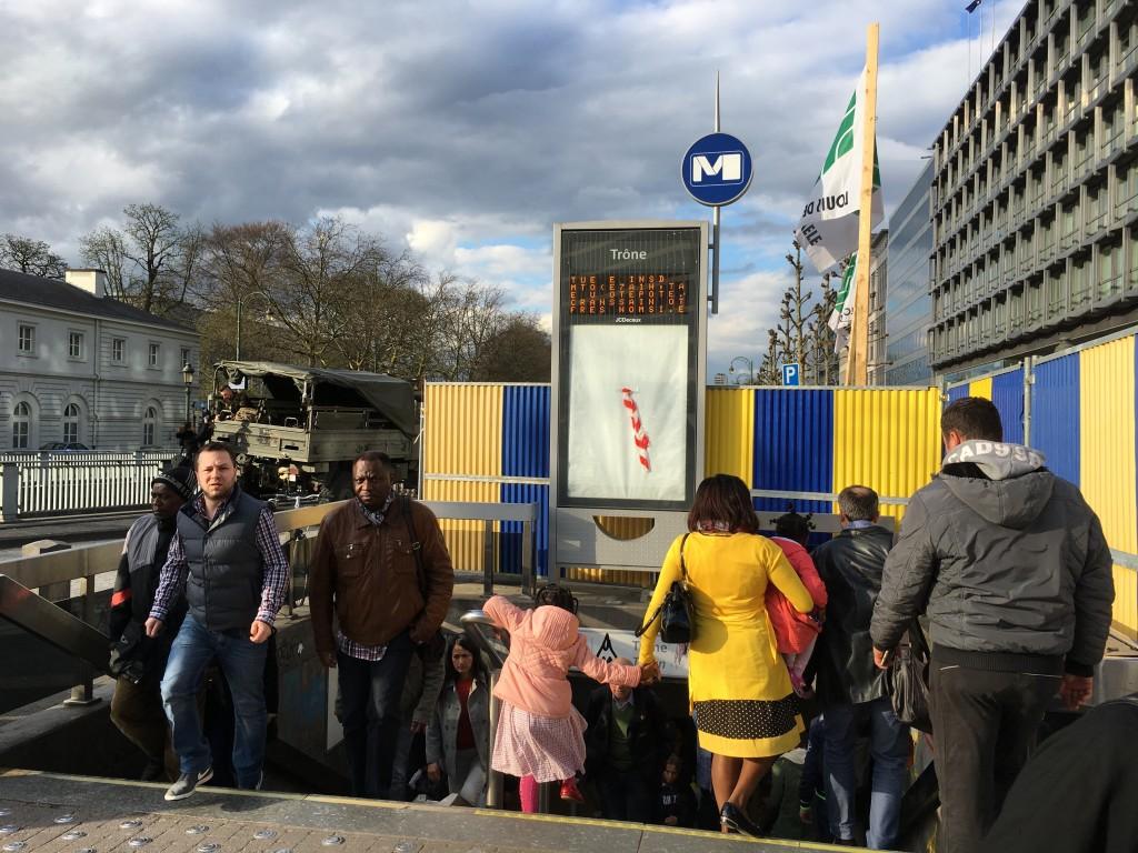 FOTO: CaleaEuropeana.ro/ Stația de metrou Trone păzită de militari