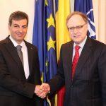VIDEO Mihnea Motoc, întâlnire cu adjunctul secretarului general NATO: Am pus accentul pe identificarea unor modalități concrete de asigurare a prezenței aliate în România și în zona Mării Negre