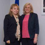 Comisarul Corina Crețu, întrevedere cu ministrul Anca Dragu: În 2014-2020, aproape 800 de milioane de euro din fonduri UE au fost alocate României pentru reforma administraţiei publice
