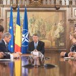 Klaus Iohannis vrea înființarea unui grup de lucru pe BREXIT, alături de Dacian Cioloș, Mugur Isărescu și partidele parlamentare