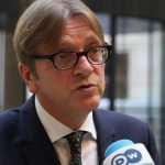 Guy Verhofstadt, liderul grupului liberal din Parlamentul European, candidează pentru funcția de președinte al instituției: Este timpul pentru o schimbare