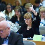 Regulamentul Schengen se modifică. Monica Macovei, raportor al PE: Verificarea în bazele de date se va face la granița externă a UE. Siguranța și viața românilor sunt protejate în mod egal cu cele ale celorlalți cetățeni europeni
