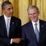 VIDEO Moment inedit. George W. Bush l-a întrerupt pe Barack Obama şi i-a cerut să-i facă o fotografie cu telefonul