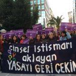 Protest de amploare în Istanbul față de un proiect de lege care promite achitarea bărbaților condamnați pentru violarea minorelor