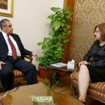 România se oferă să sprijine Egiptul pe calea spre democratizare