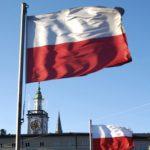 Zeci de mii de persoane au protestat în Varșovia împotriva guvernului, la 27 de ani de la căderea comunismului