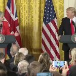 Casa Albă: Donald Trump se va întâlni săptămâna viitoare cu Theresa May, la Davos