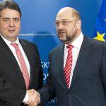 Social-democrații germani își aleg candidatul care o va înfrunta pe Angela Merkel la alegerile din toamnă: Sigmar Gabriel sau Martin Schulz?