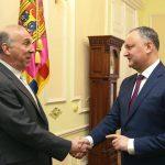 Igor Dodon l-a asigurat pe ambasadorul SUA la Chișinău că nu va denunța Acordul de Asociere cu UE