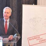 Ambasadorul SUA Hans Klemm: Corupţia creşte costurile, descurajează investiţiile și blochează creșterea economică