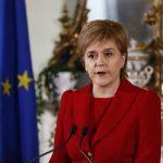 """Premierul Scoției o avertizează pe Theresa May: Tentativa de a bloca un referendum pentru independența Scoției """"se va face praf și pulbere"""""""