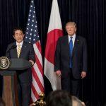 Donald Trump și premierul japonez Shinzo Abe au convenit să oprească lansările de rachete din Coreea de Nord