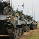 Trei exerciții militare se desfășoară simultan în România: Un nou exercițiu, la care participă 200 de militari români și 400 de soldați din șase țări, a început astăzi