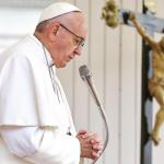 Papa Francisc: Ştirile false şi senzaţionale sunt un păcat foarte grav