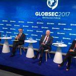 Teodor Meleșcanu la GLOBSEC Bratislava: România susține coordonarea dintre UE și NATO în domeniul apărării europene