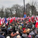 Mii de polonezi au protestat pe străzile Varșoviei și ale altor orașe pentru apărarea democrației