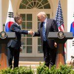 Conversație telefonică între Donald Trump și Moon Jae-in. Un emisar al Coreei de Sud va merge la Phenian pentru a facilita dialogul cu Washington