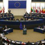 Jean-Claude Juncker: Copiii din România sau din Italia trebuie să aibă acces, în aceeași măsură, la vaccin anti-rujeolă, la fel cum au copiii din orice altă țară din Europa!