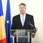 """Președintele Klaus Iohannis o felicită pe Adina Pintilie pentru câștigarea premiului """"Ursul de aur"""""""