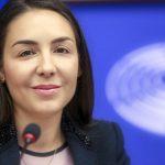 """VIDEO Eurodeputatul Claudia Țapardel (PSD, S&D) îndeamnă la solidaritate și cooperare în anul Centenarului:  """"Să învățăm să vorbim despre ceea are România mai de preț, nu despre ceea ce ne lipsește"""""""