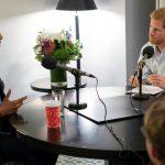 """Barack Obama, intervievat de Prințul Harry: Unul dintre pericolele internetului este că oamenii ajung să citească doar ceea ce le """"consolidează prejudecățile actuale"""""""