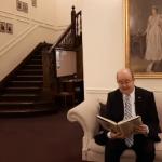 VIDEO. La 168 de ani de la nașterea lui Mihai Eminescu, ambasadorul britanic în România a recitat două poezii ale poetului pentru a marca Ziua Culturii Române
