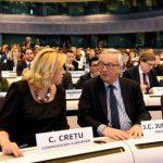 VIDEO Comisarul Corina Crețu participă la o conferință la nivel înalt alături de Jean-Claude Juncker și ministrul german de Externe privind viitor buget multianual al UE