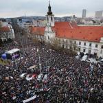 Manifestații în Slovacia, pe fondul uciderii jurnalistului de investigații Jan Kuciak. Zeci de mii de oameni au protestat împotriva corupției și au cerut demisia premierul Robert Fico