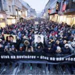Manifestații la Bratislava. Mii de slovaci au inundat străzile capitalei pentru a protesta față de asasinarea jurnalistului de investigații Jan Kuciak