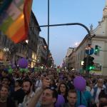 VIDEO Noi proteste de amploare la Budapesta, după victoria premierului Viktor Orban în cadrul alegerilor. Zeci de mii de demonstranți au fluturat drapelele Ungariei și UE