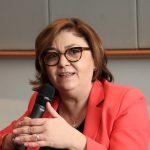 Săptămâna Europeană a Energiei Sustenabile. Eurodeputatul Adina Vălean (PNL, PPE) a promovat Cascada Bigăr la Bruxelles, încurajând producerea de energie cu costuri cât mai mici pentru mediu