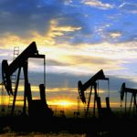Iranul întrerupe vânzările de petrol către Franţa şi Marea Britanie