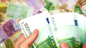 counting-euro-money