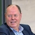 Peer Steinbrück, gest obscen într-o fotografie cu 10 zile înaintea alegerilor din Germania