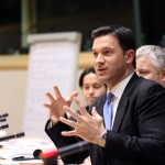 Stagii plătite în Parlamentul European pentru tinerii români. Ce sfaturi oferă Petru Luhan tinerilor care vor să lucreze în PE