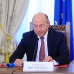"""Traian Băsescu: Ne propunem un termen rezonabil de aderare la zona euro, """"nu va sta nimeni după cei care nu se pregătesc"""""""