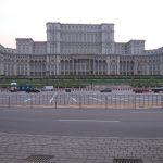MDRT: Fetele şi cluburile atrag străini în Bucureşti, dar majoritatea vin pentru business şi turism