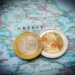 Efectele crizei: Unu din trei greci munceste la negru