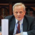 Stolojan: PE nu poate determina Comisia sa faca un alt raport pe MCV, cum vrea USL