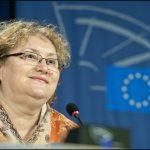Renate Weber: Declaratia lui Titus Corlatean privind Canada suna ca o amenintare foarte urata