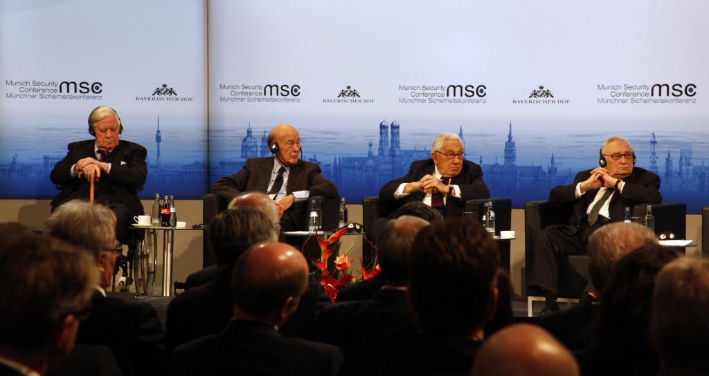 Schmidt_GiscardDEstaing_Kissinger_Bahr_Zwez_MSC2014