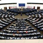 VIDEO. Parlamentul European se află în sesiune plenară la Strasbourg. Eurodeputații au dezbătut criza refugiaților cu Jean-Claude Juncker și Donald Tusk