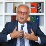 EXCLUSIV INTERVIU Liderul socialiştilor din Parlamentul European, Hannes Swoboda, despre alegerile europarlamentare, suspendarea preşedintelui Traian Băsescu şi candidatura premierului Victor Ponta la alegerile prezidenţiale