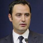 Nazare: Ministrul Teodorovici trebuie să dea explicații cu privire la blocarea programelor POSDRU și POSCCE