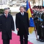 CORESPONDENȚĂ din KIEV. Klaus Iohannis: Vom sprijini Ucraina spre integrarea în UE și NATO. Îi vom sprijini spre calea europeană